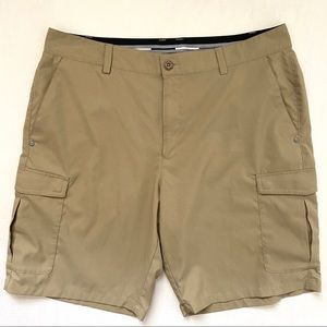 Under Armour Loose Cut Cargo Golf Shorts Size 36